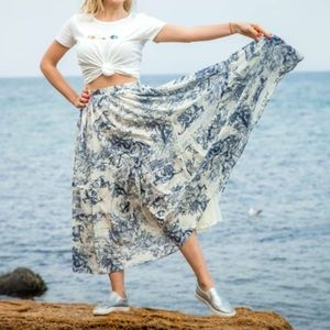 Blue vintage style French skirt